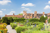 Nash house and New Place garden, Stratford-upon-Avon, Warwickshi — Stock Photo