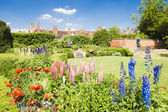 Nash house and New Place garden, Stratford-upon-Avon, Warwickshi — Stock Photo