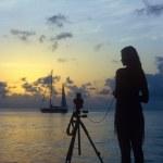 Photographer on the beach — Stock Photo #32070795
