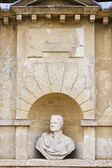 Busto de isaac newton — Foto Stock