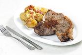 Gegrilde t-bone steak — Stockfoto