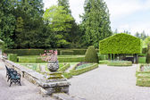 Italian garden of Glamis Castle — Stock Photo