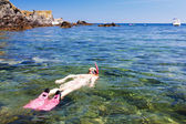 Girl snorkeling in Mediterranean Sea — Foto Stock