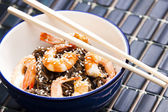 Japanese buckwheat noodles with prawns — Stock Photo