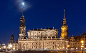 Nigt scene with castle in Dresden — Stock Photo