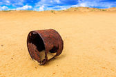 Broken rusty can — Foto Stock