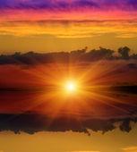 Sunshine over water surface — Stock Photo