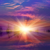 Nise sunset over lake — Stock Photo