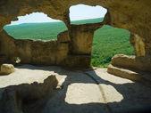 Cave city Eski-Kermen, Crimea, Ukraine — Stock Photo