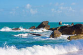 Rocky coastline on Samui Island — Stock Photo