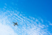 Avião no céu — Foto Stock