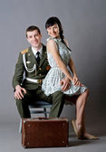 Soldier and girl — Stock Photo