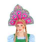 在 kokoshnik 中的女孩 — 图库照片