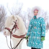ребенок и лошадь — Стоковое фото