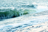 Green sea waves — Stock Photo