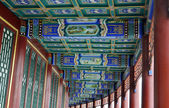 Typical chian architecture, carved beams and painted rafters — Stock Photo