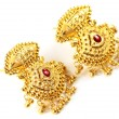 Indian wedding earrings for bride — Stock Photo