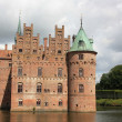 Egeskov Castle in the south of the island of Funen, Denmark. — Stock Photo #34219025