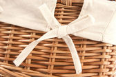 Flax bow texture on wicker basket — Stockfoto