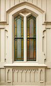 Einfachen bunten kirchenfenster — Stockfoto