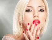 Blonde frau portrait — Stockfoto