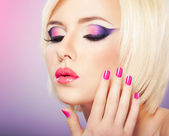 Purple makeup — Stockfoto