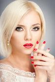 блондинка женщина — Стоковое фото