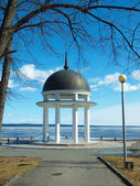 Petrozavodsk: quay of Onega. Spring — Stock Photo