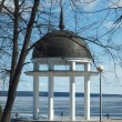 Rotunda on coast of lake — Stock Photo