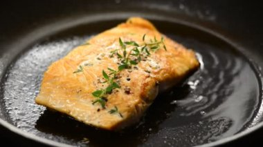 Salmon steak — Stock Video