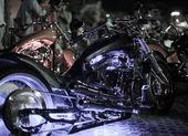Motos exposées au salon de la moto — Photo