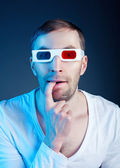 Man and stereo glasses — Stockfoto