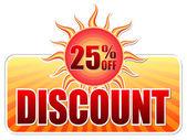 Descuento de verano y 25 porcentajes apagado en la etiqueta con el sol — Foto de Stock