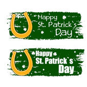 Happy St. Patrick's day with horseshoe sign, green drawn banners — Stock Photo