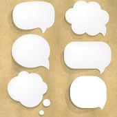 Karton yapısı ile beyaz kağıt konuşma balonu — Stok Vektör