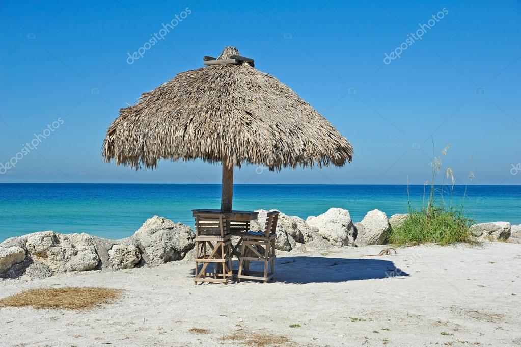 Beach Tiki Hut Bar Stock Photo Eyemark 36030429