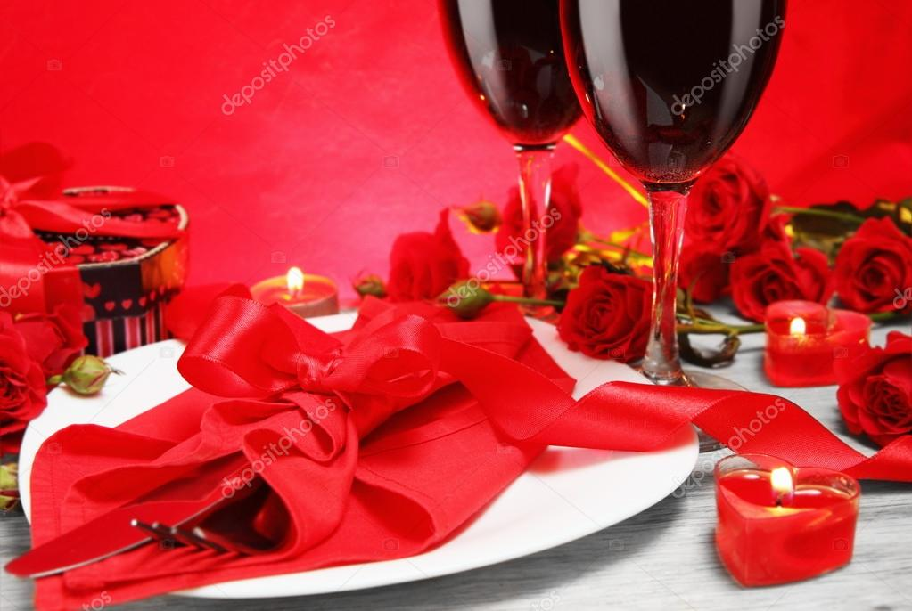 Romantic Candlelight Dinner for Two Lovers Close Concept — Stock Photo #20068705