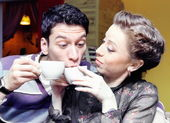 Young Lovers Drinking Coffee Funny Shot — Stock Photo
