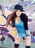 Escena urbana adolescente joven — Foto de Stock