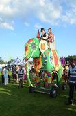 Olifant bij de london mega mela festival in gunnersbury park west londen augustus 19e — Stockfoto