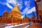 Wat phra że doi suthep jest głównym turystycznym o jej — Zdjęcie stockowe