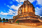 Chedi luang temple in chiang mai — Stock Photo