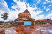 Chedi luang templo en chiang mai — Foto de Stock
