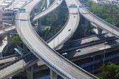 早朝に都市歩道橋 — ストック写真