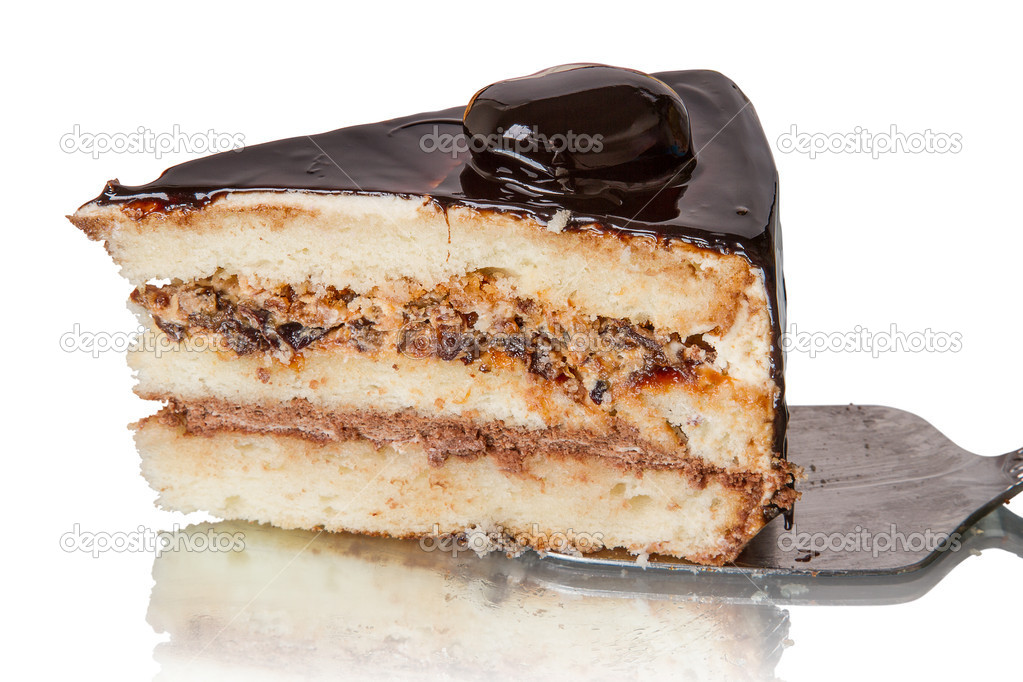 Piece of cake with prunes. Side view close-up — Stock Photo #14151423