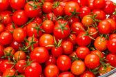 チェリー トマトの背景πολύχρωμο και λεπτομερή Μάνταλα ή τσάκρα σύμβολο, φράκταλ τέχνη — ストック写真