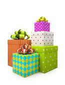 Renk hediye kutuları üzerinde beyaz backgroung izole — Stok fotoğraf