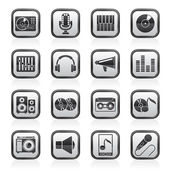Music and audio equipment icons — Stock Vector