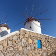 White windmill on the island of Mykonos — Stock Photo