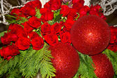 Red Roses and Glistening Balls — Stock Photo